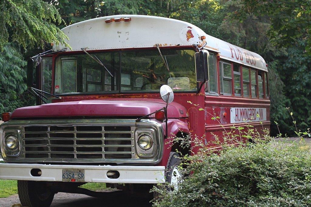 Hummingbird pub bus